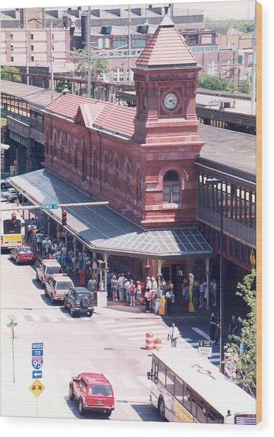 Wilmington Train Station Clock Toweer Wood Print