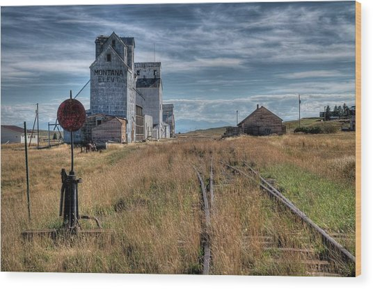 Wilsall Grain Elevators Wood Print