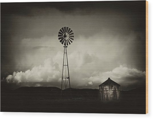Windmill And Tank Wood Print by Gus McCrea