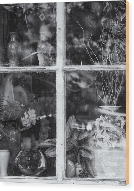 Window In Black And White Wood Print