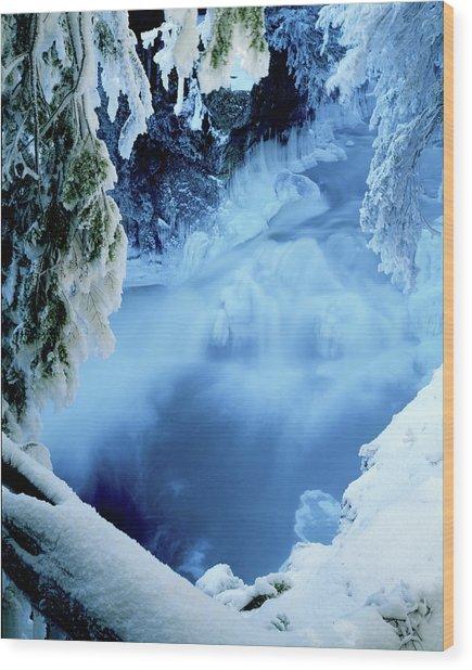 Window To Winter's Blues Wood Print