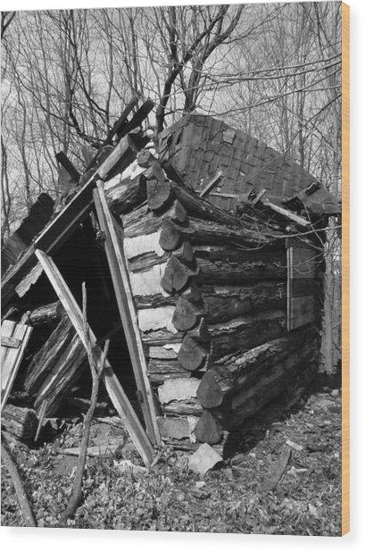 Winslowlogcabin Wood Print by Curtis J Neeley Jr