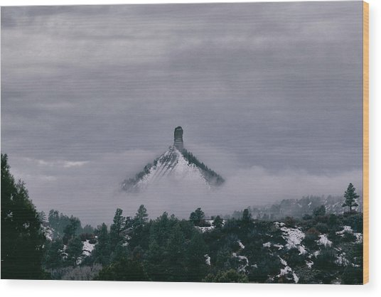 Winter Morning Fog Envelops Chimney Rock Wood Print