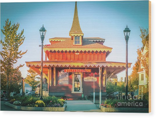 Wolfeboro Station In October Wood Print
