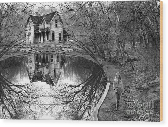 Woman Walking To Old House Wood Print