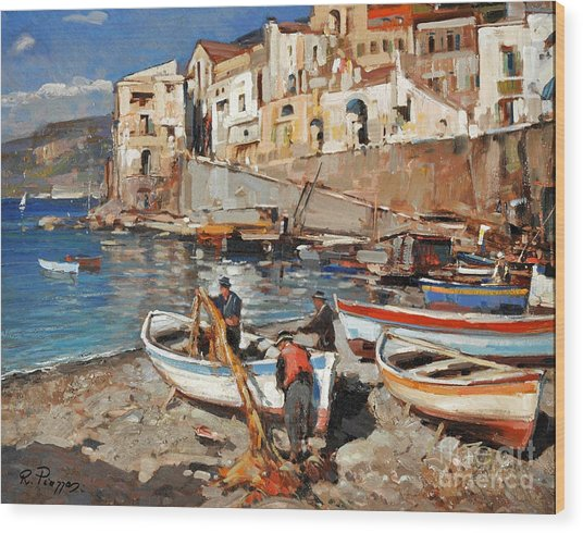 Work Never Ends For Amalfi Fishermen Wood Print