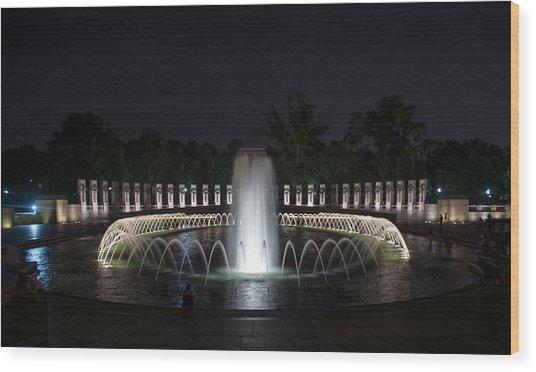 World War II Memorial At Night Wood Print