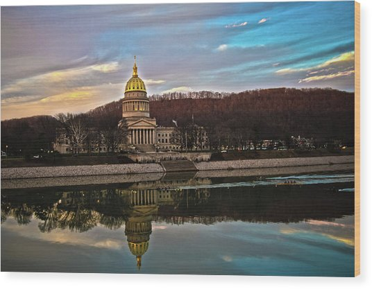 Wv State Capitol At Dusk Wood Print