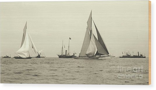 Yachts Valkyrie II And Vigilant Start Americas Cup Race 1893 Wood Print
