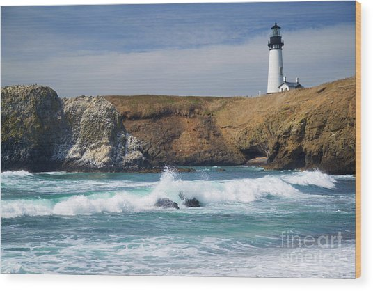 Yaquina Head Lighthouse On The Oregon Coast Wood Print