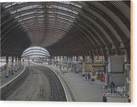 York Rail  Station  Northbound Wood Print