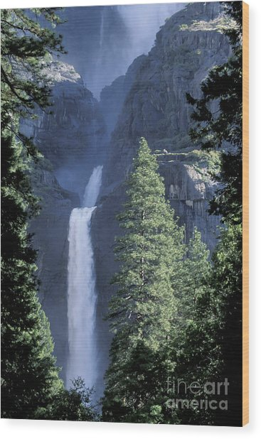Yosemite Falls In Spring Wood Print by Stan and Anne Foster
