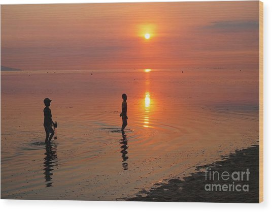 Young Fishermen At Sunset Wood Print