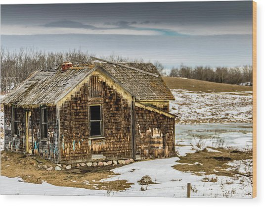 Abondened Old Farm Houese And Estates Dot The Prairie Landscape, Wood Print
