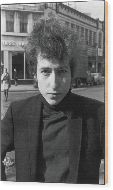 Bob Dylan In Sheridan Square Park Wood Print by Fred W. McDarrah