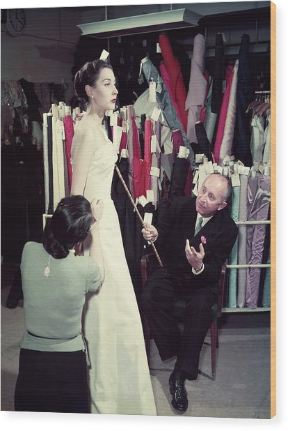 Christian Dior In France In The 1950s - Wood Print by Kammerman