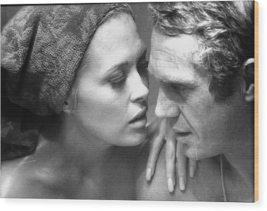 Faye Dunawaysteve Mcqueen Wood Print by Bill Ray