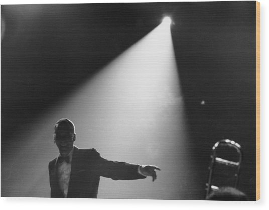 Frank Sinatra On Stage Wood Print