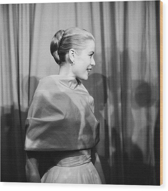 Grace Kelly Wood Print by Michael Ochs Archives