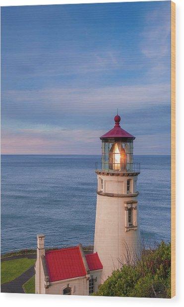 Heceta Head Lighthouse Wood Print by Andrew Soundarajan