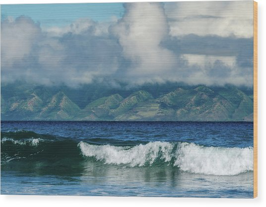Maui Breakers Wood Print
