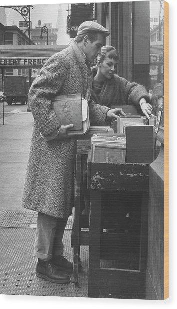 Paul Newman & Wife 2joanne Woodward Wood Print by Gordon Parks