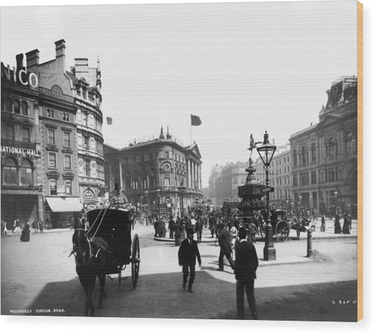 Piccadilly Circus Wood Print by London Stereoscopic Company