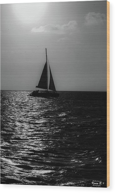 Sailing Into The Sunset Black And White Wood Print