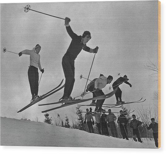 Skiers In Quebec Wood Print
