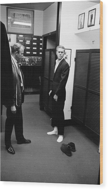 Steve Mcqueen Shops For Suits Wood Print by John Dominis