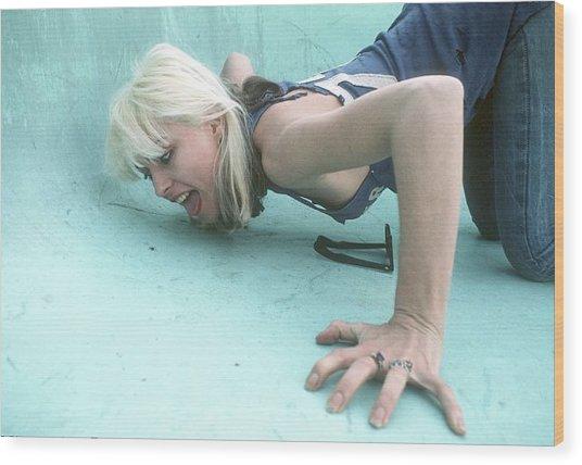 Blondie Portrait Session In La Wood Print
