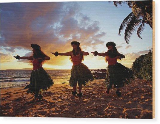 Hula Dancers At Sunset Wood Print by David Olsen