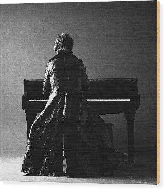Portrait Of Elton John Wood Print