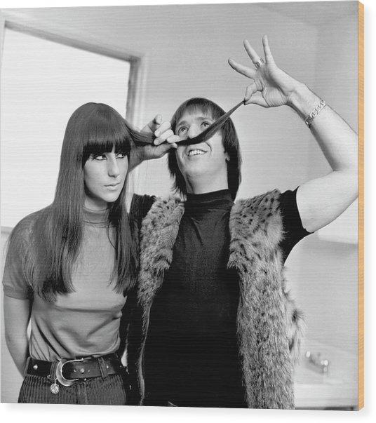 Sonny & Cher Portrait Session Wood Print by Michael Ochs Archives