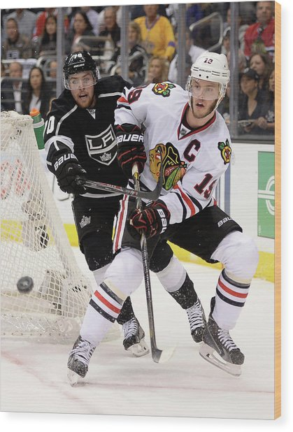 Chicago Blackhawks V Los Angeles Kings Wood Print by Harry How