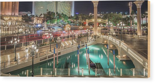 View Of The Venetian Hotel Resort And Casino Wood Print