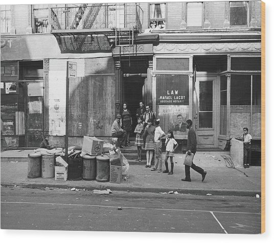 625 East Fifth Street, 1967 Wood Print by Fred W. McDarrah