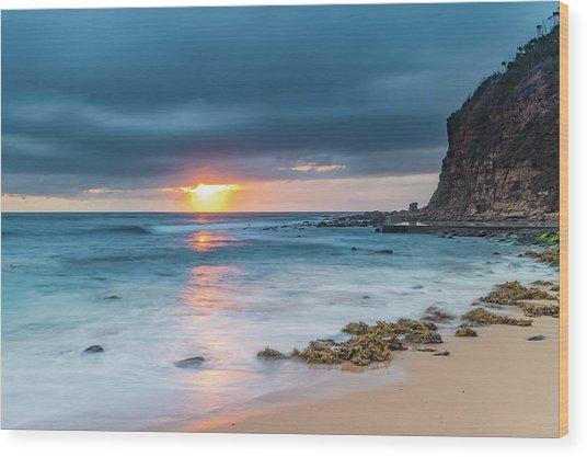 Sunrise Seascape And Cloudy Sky Wood Print