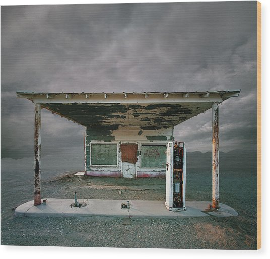 Abandoned Gas Station, Niland Ca Wood Print