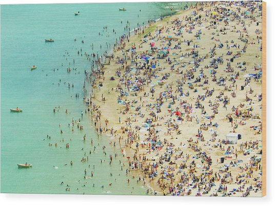 Aerial Shot Of A Crowded Beach Wood Print by By Ken Ilio