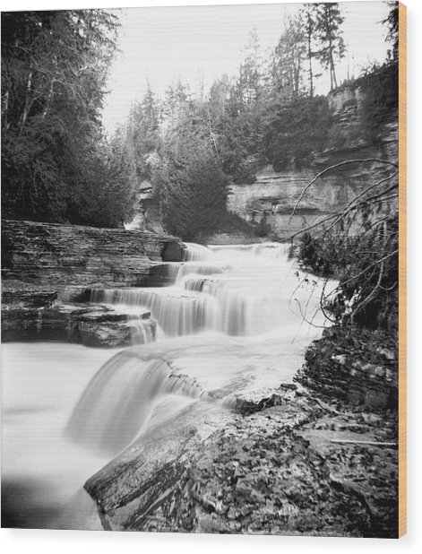 Alhambra Cascade Wood Print by William England