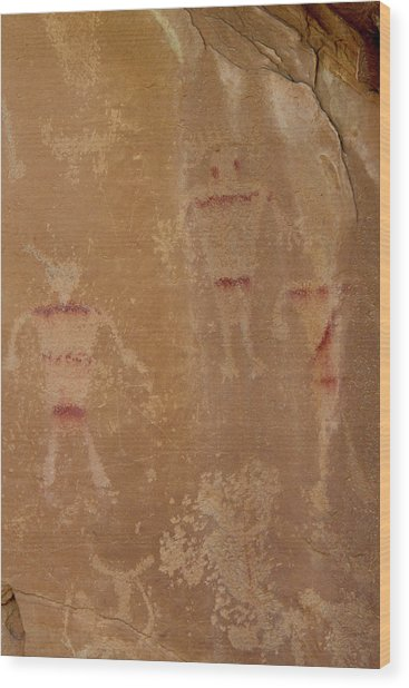 Alliens Wood Print