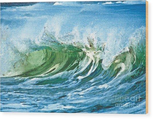 Amazing Wave Wood Print