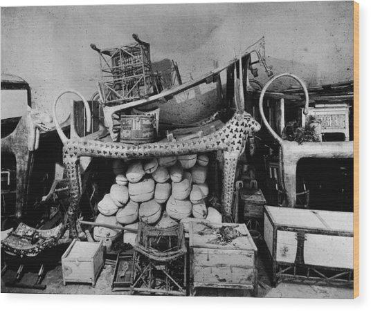 Antechamber Of King Tutankhamens Tomb Wood Print by Hulton Archive