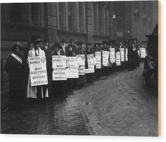 Anti-liberal Demo Wood Print by Hulton Archive