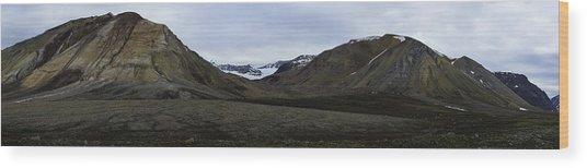 Arctic Mountain Landscape Wood Print
