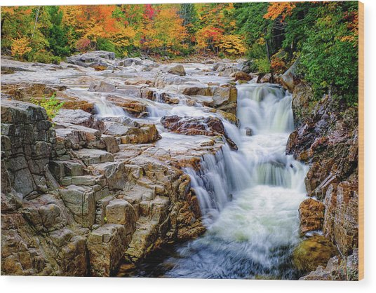 Autumn Color At Rocky Gorge Wood Print