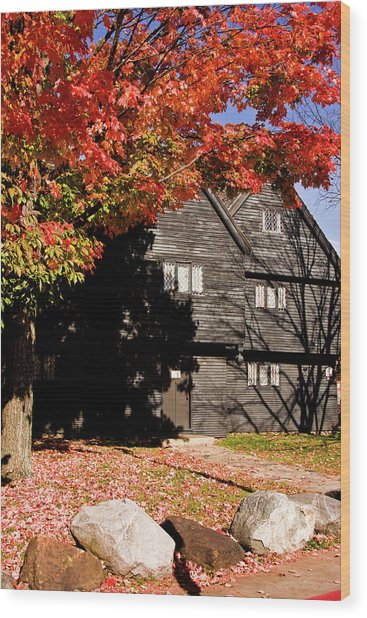 Autumn In Salem Wood Print