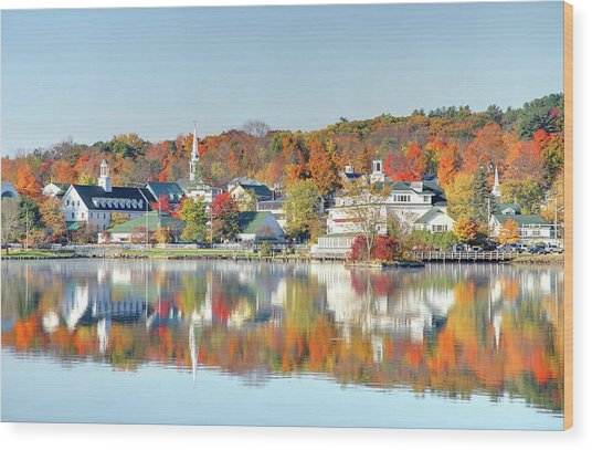 Autumn On Lake Winnipesaukee Wood Print