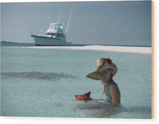 Bahamas Holiday Wood Print by Slim Aarons